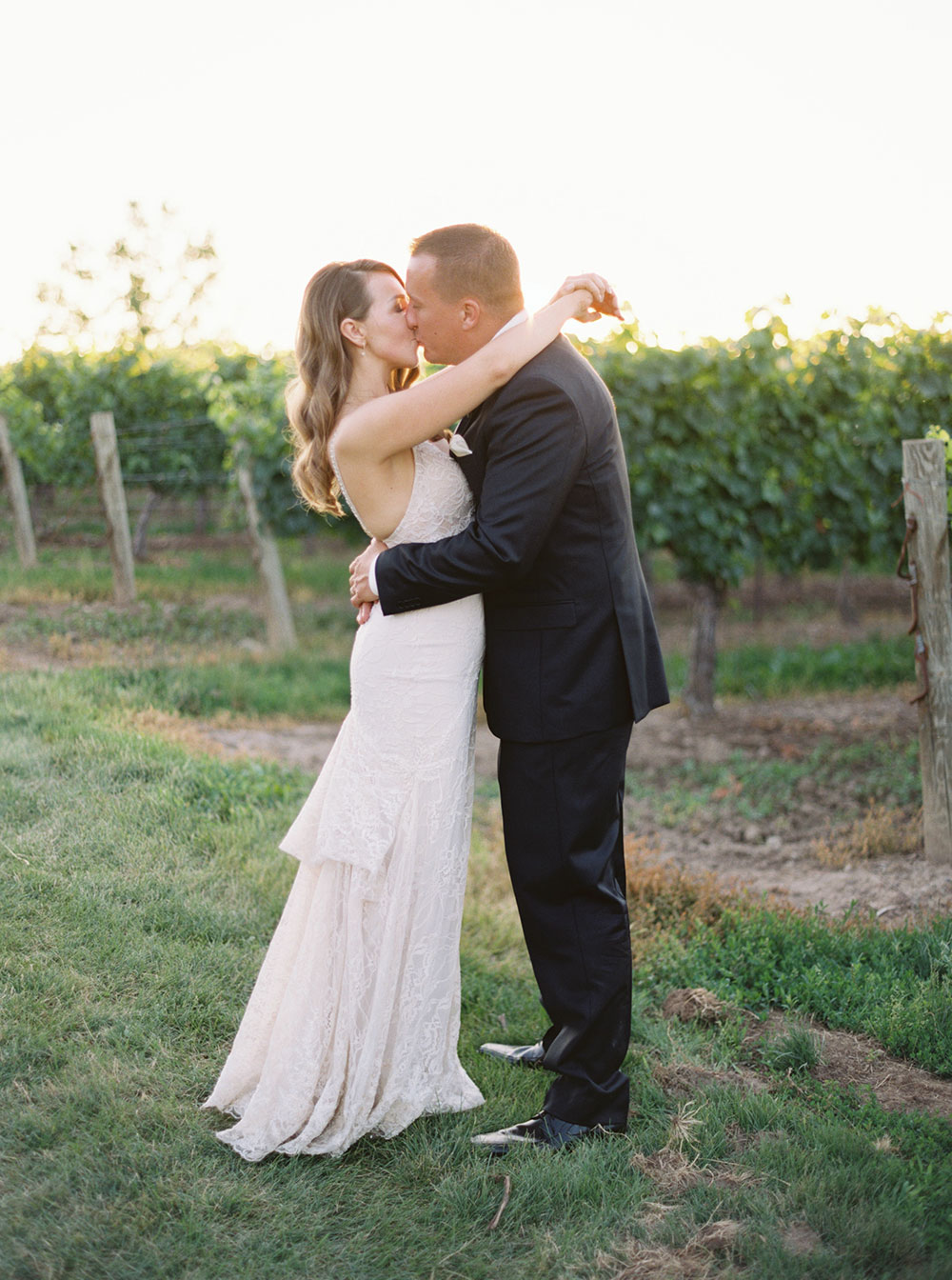 kurtz-orchards-wedding-gracewood-estate-niagara-on-the-lake-photo-by-katie-nicolle-photography-0094.JPG