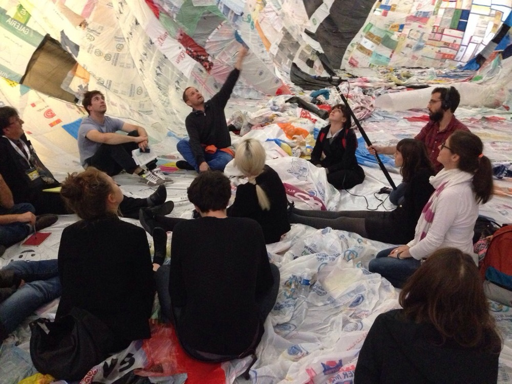 Tomás Saraceno, Bruno Latour and the students of SPEAP