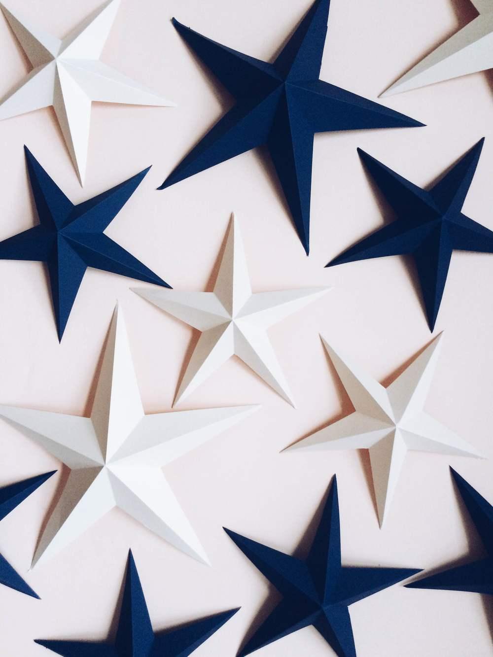 Top Folding Paper : étoiles en papier 3D à plier — MISS CLOUDY OA76