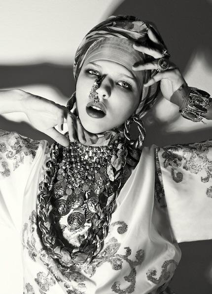 Anastasiya-Pavlova-Oskar-Cecere-Fashiontrend-02.jpg
