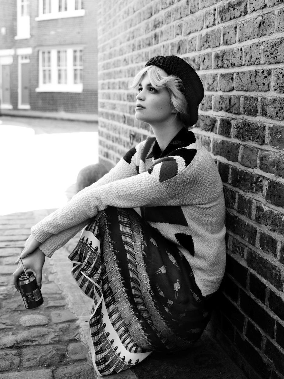 Pixie Geldof by Scott Trindle (The Streeters - Vogue UK July 2012) 7.jpeg