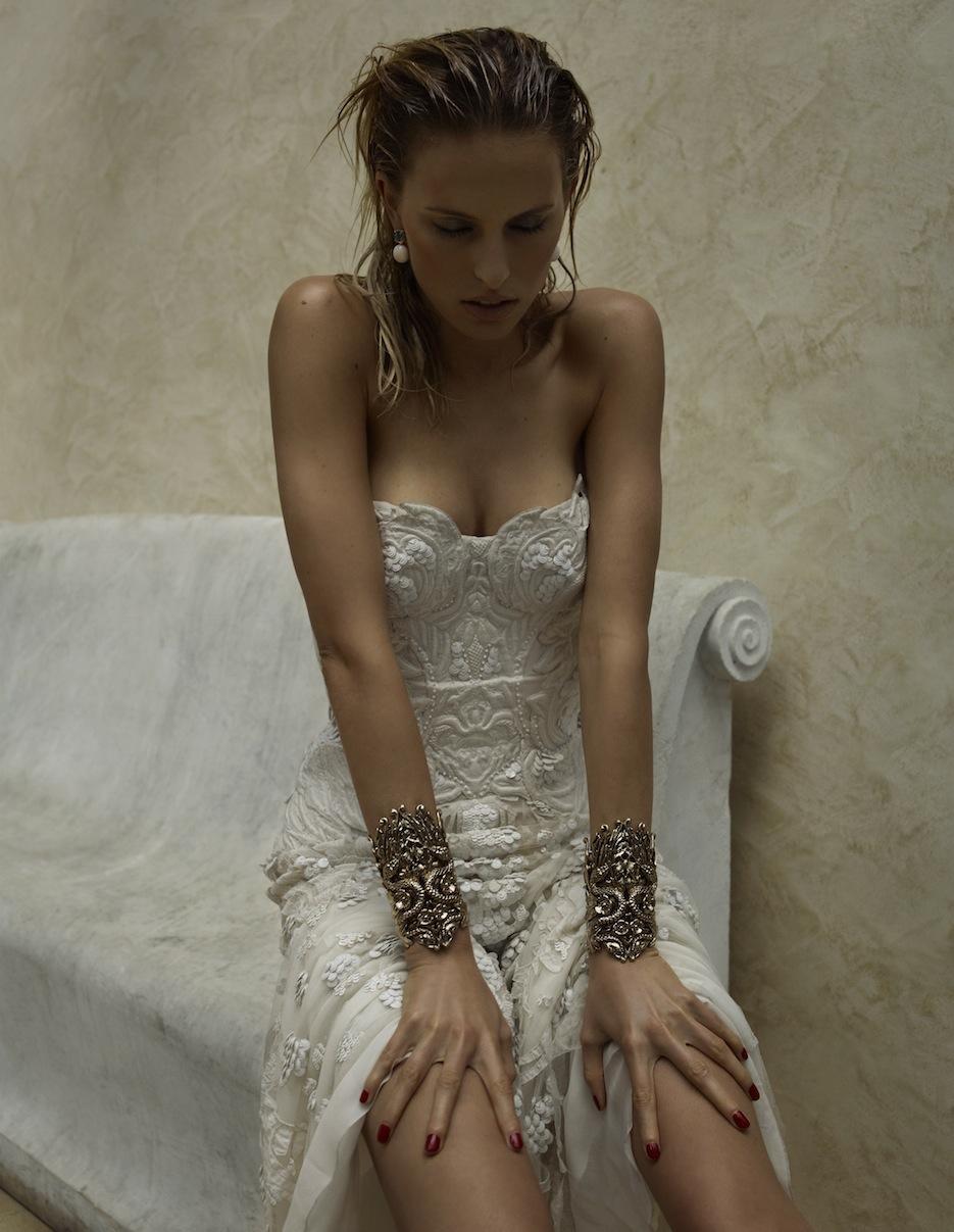 Karolina Kurkova by Miguel Reveriego (The Last Emperor - Vogue Spain July 2012) 2.jpeg
