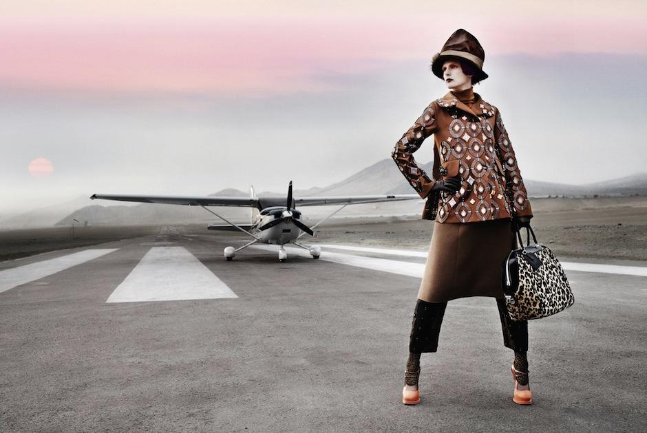 Stella Tennant by Mario Testino (El Dorado - US Vogue September 2012) 1.jpeg