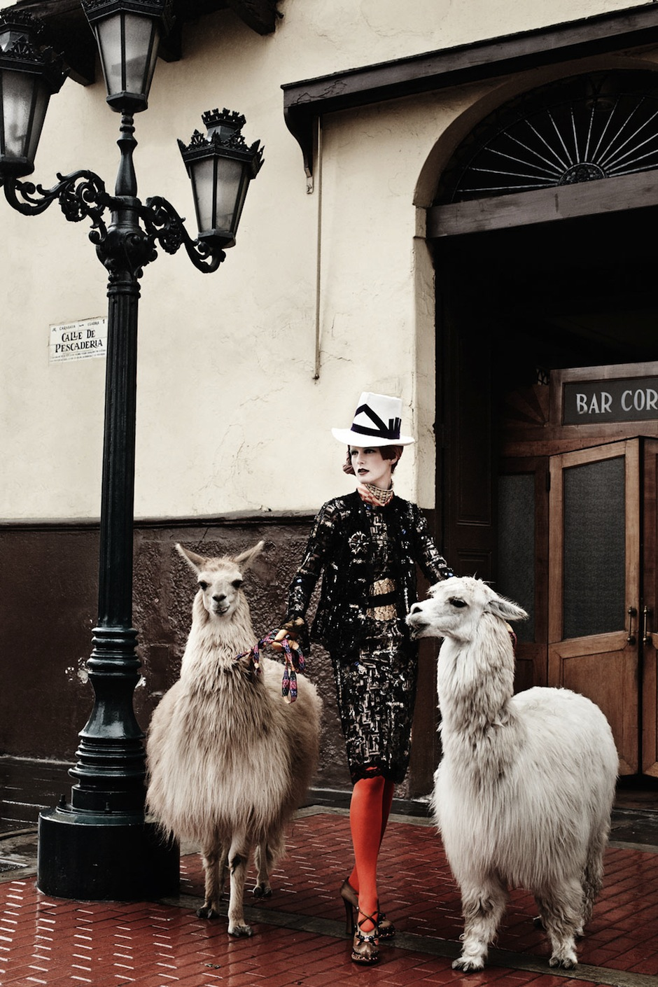 Stella Tennant by Mario Testino (El Dorado - US Vogue September 2012) 3.jpeg