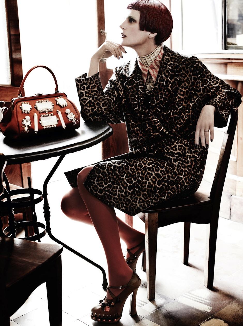 Stella Tennant by Mario Testino (El Dorado - US Vogue September 2012) 11.jpeg