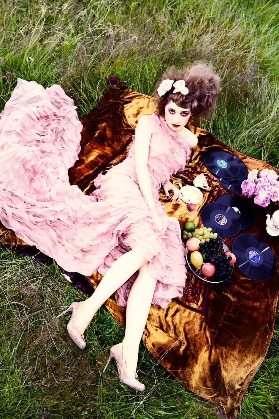 Déborah François by Ellen von Unwerth (Indian Summer - Vogue Italia September 2012) 4.jpeg