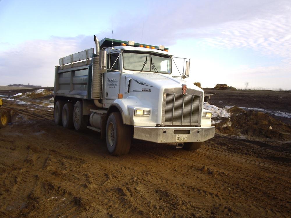 kenwoth gavel truck.JPG