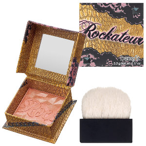 Winter Beauty Must-Have ≫≫ Benefit Rockateur Blush | MALLORIE OWENS