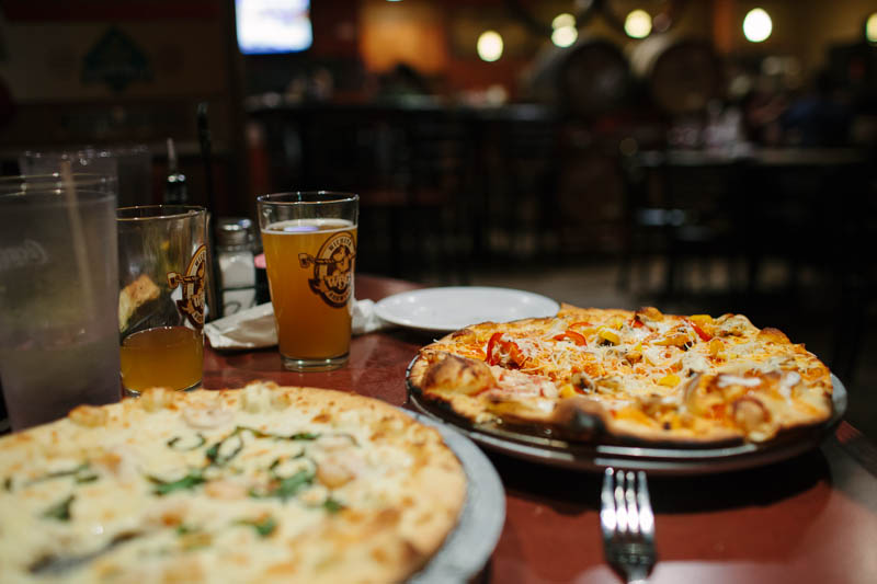 Places to Eat in Wichita, Kansas ↠ Wichita Brewing Company | MALLORIE OWENS