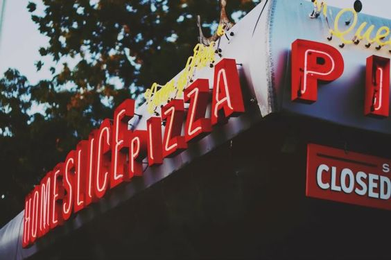 Home Slice Pizza in Austin, Texas | Mallorie Owens