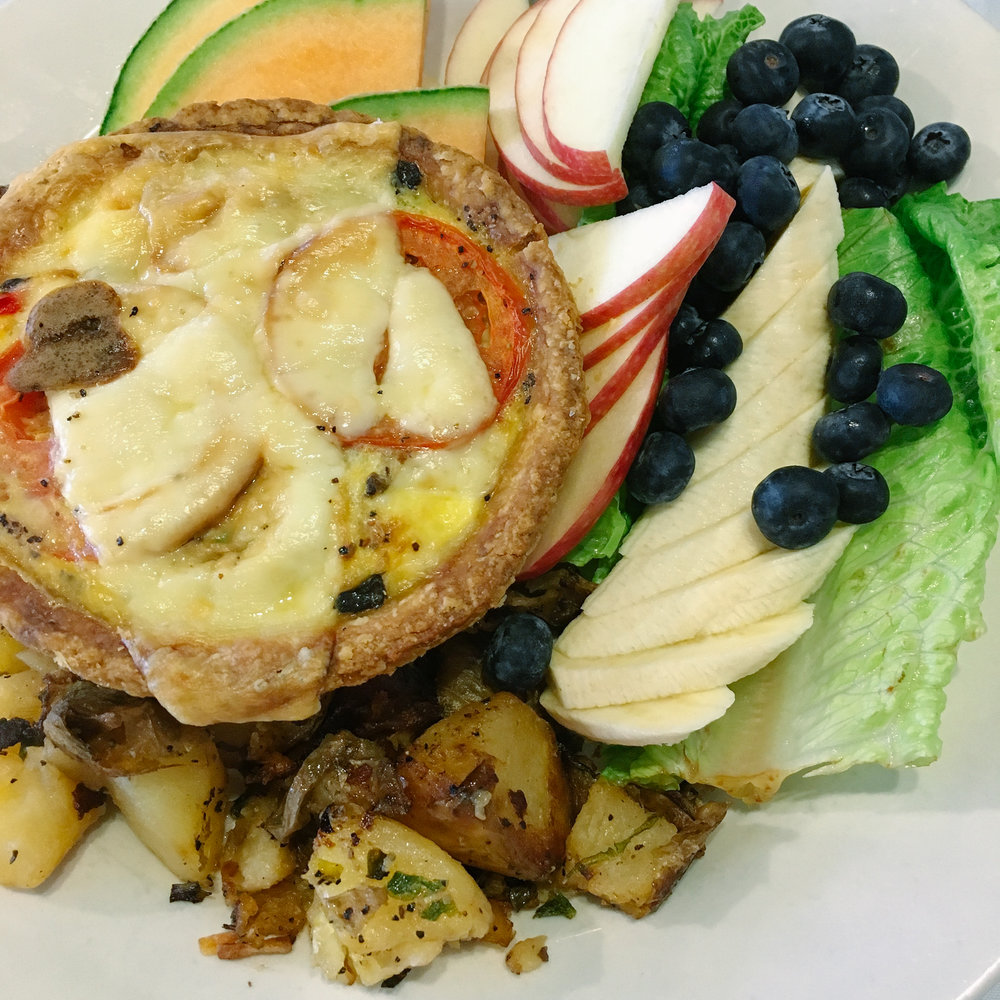 Restaurants in Juneau, Alaska ↠ Sandpiper Cafe | MALLORIE OWENS