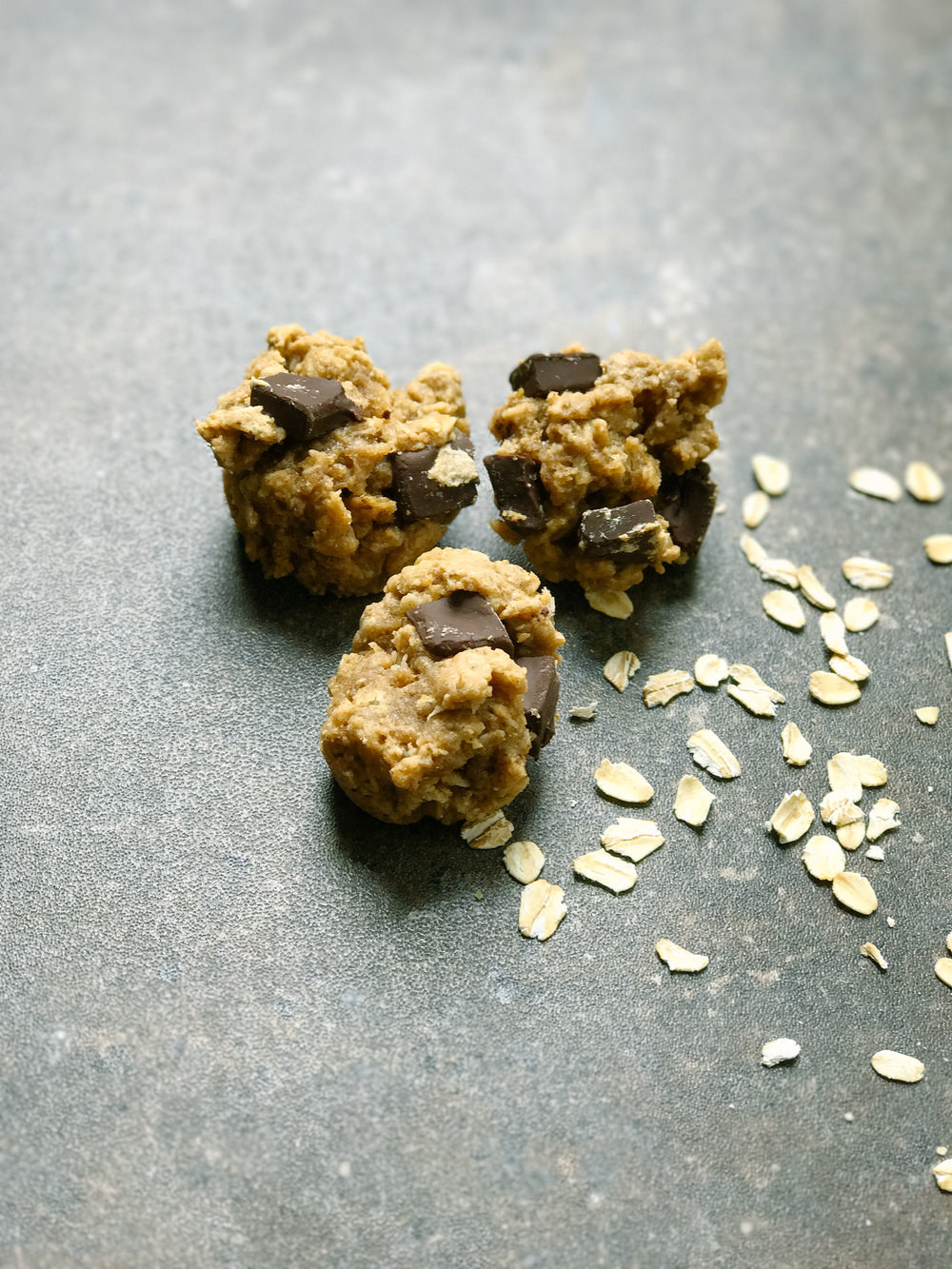 Healthy Breastfeeding Energy Muffins Recipe | MALLORIE OWENS