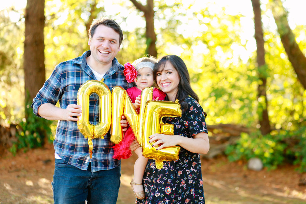 First birthday photo shoot ideas. | MALLORIE OWENS