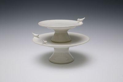 Bird cake stand white