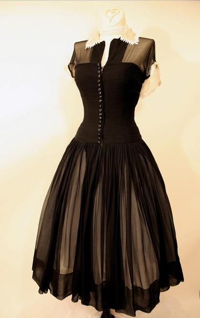 Vintage Dress For Sale 57