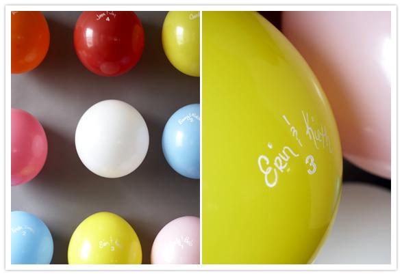 Balloon escort cards