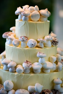 Button mushroom cake