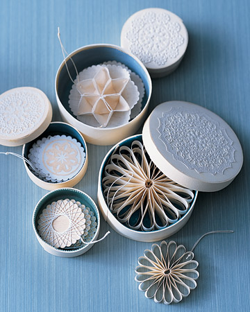 Doily ornaments MSW