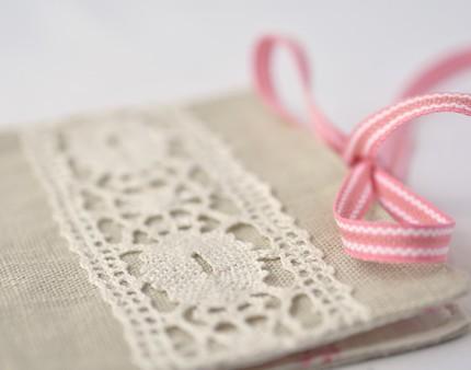 Vintage lace booklet Ravenhill