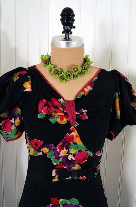 Black Floral 40's Small