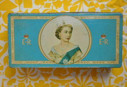 Elizabeth II Tea Tin