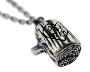 stump_charm_engraved_2_low