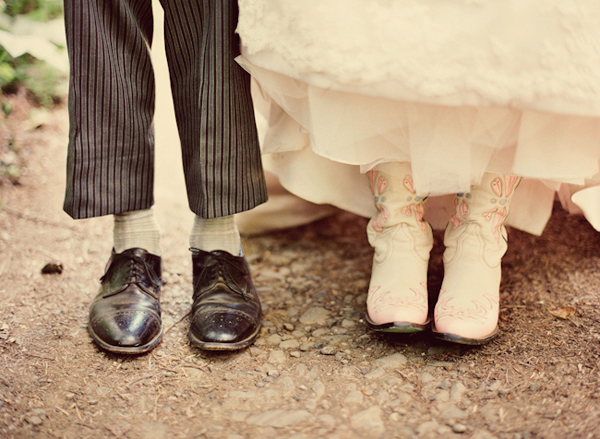 5-pink-cowgirl-boots-wedding