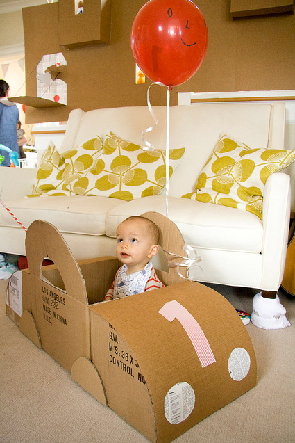 Does your kid like the box almost more than he does his new toy? Celebrate the fun with this awesome party based on the classic Cardboard Box!