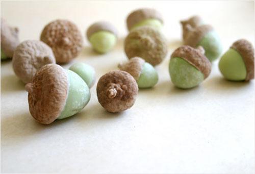 candy_acorns
