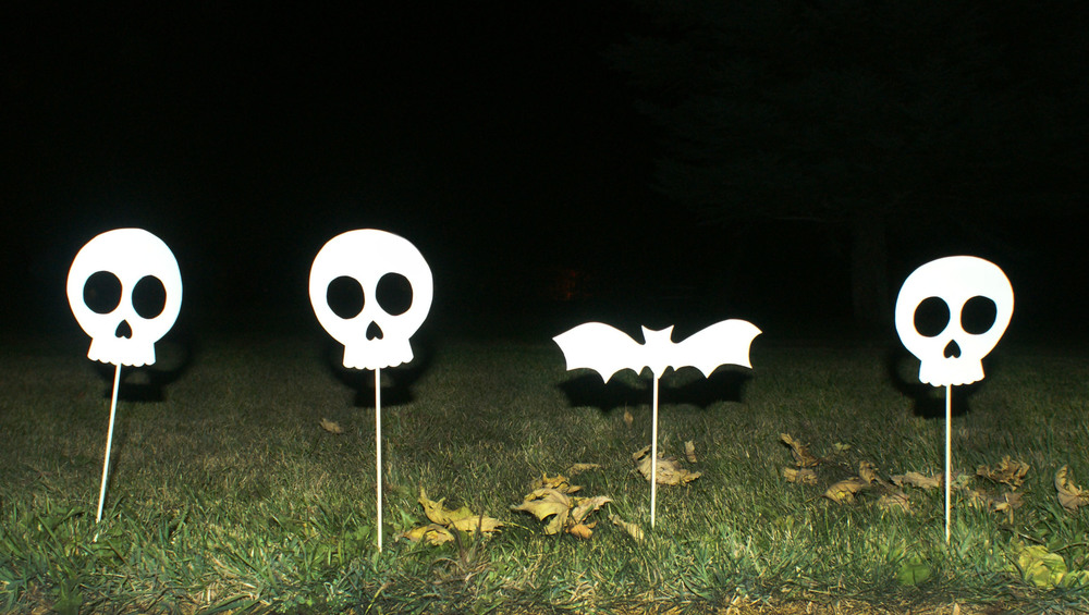 DIY Sidewalk Skulls by Hello!Lucky