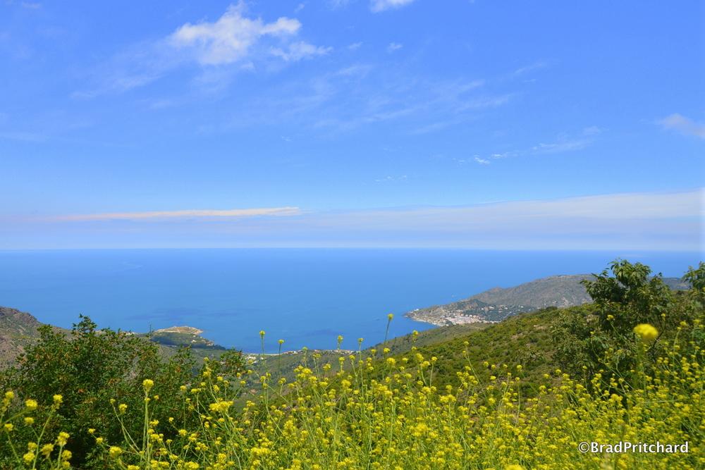 View approaching Sant Pere de Rodes