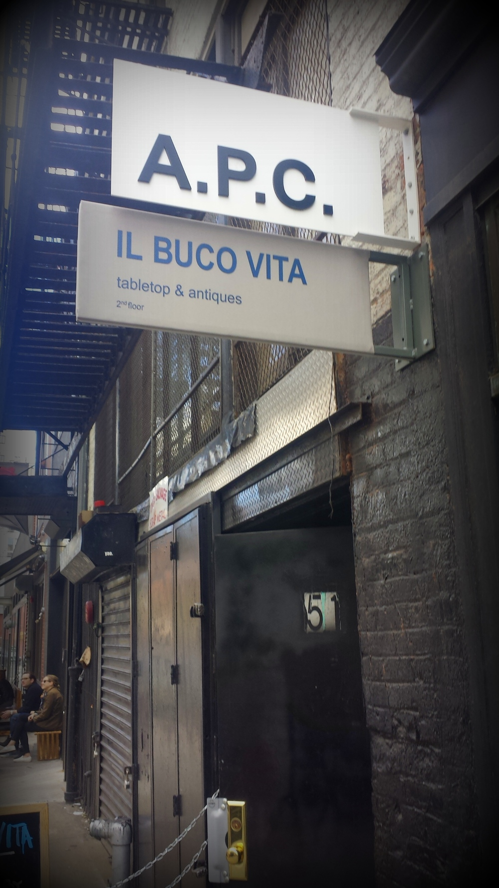 The entrance into Il Buco Vita