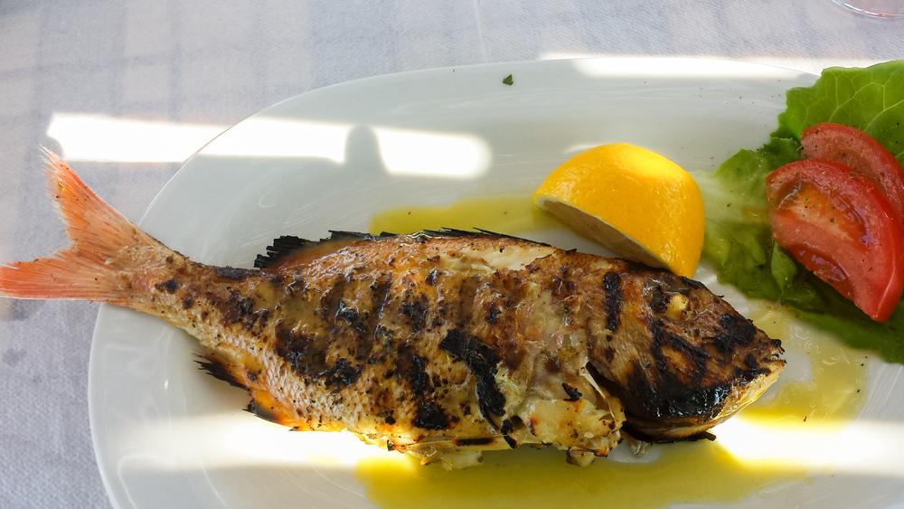 Fresh fish grilled at To Psaraki.