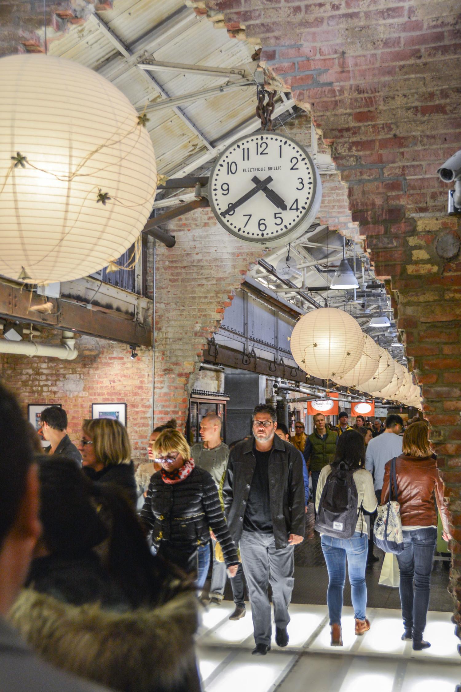 Brand-new L. E. Travel Tips: NYC's Chelsea Market — Locally Experienced RA66