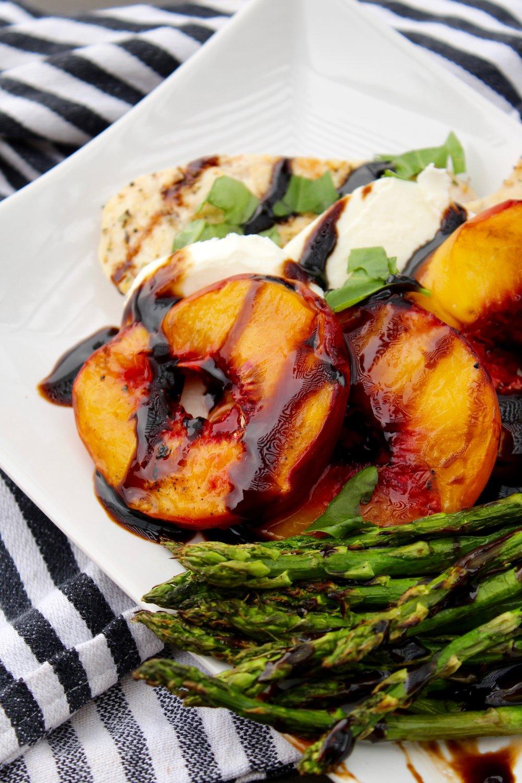 Peach Caprese Chicken - Makes 4 servings350 calories / 11F / 35C / 27P