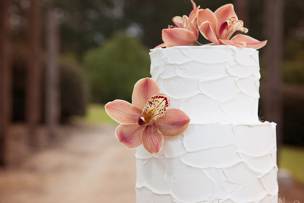 Cake by Project Cake Flowers from Fiddlesticks Floral Design