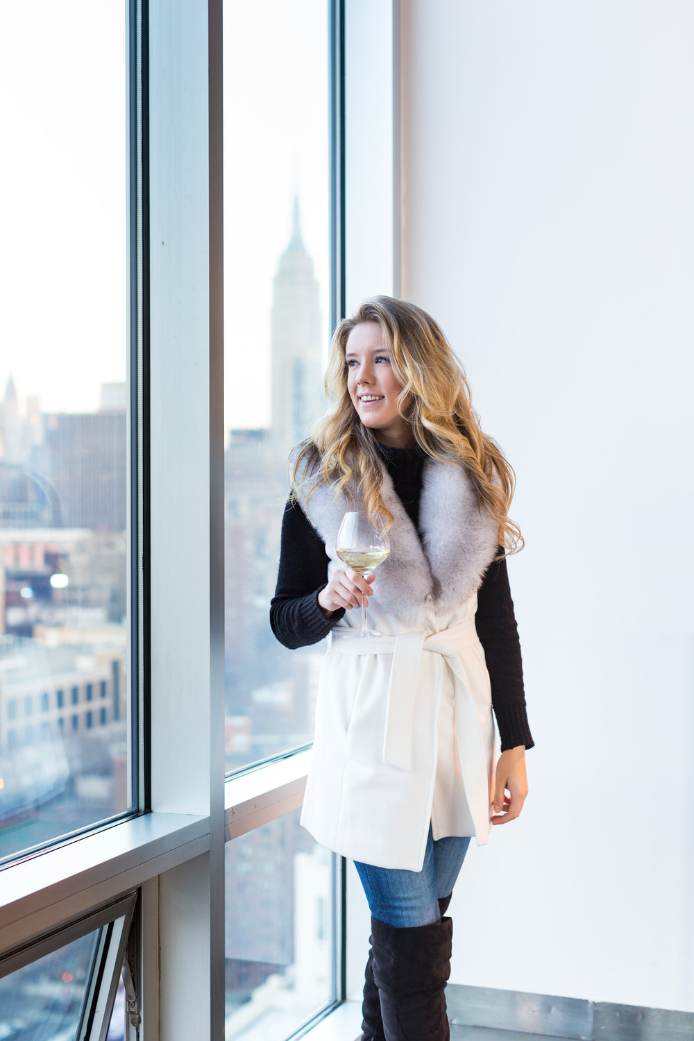 NYC Skyline Faux Fur Vest Outfit-4.jpg