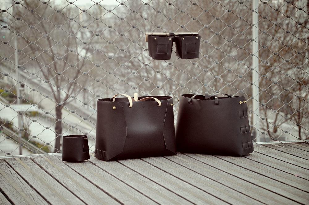 Sac cabas en cuir Victor et corbeille en cuir Nicolas, collection automne-hiver 2015.