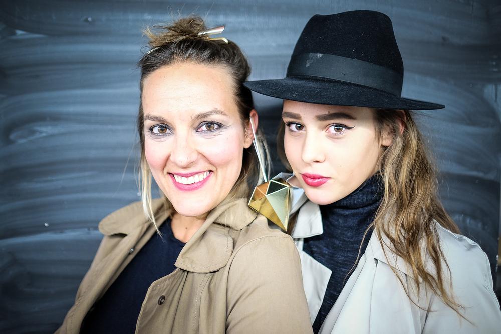 Kate & Cara? ... ma Jele & Nika!