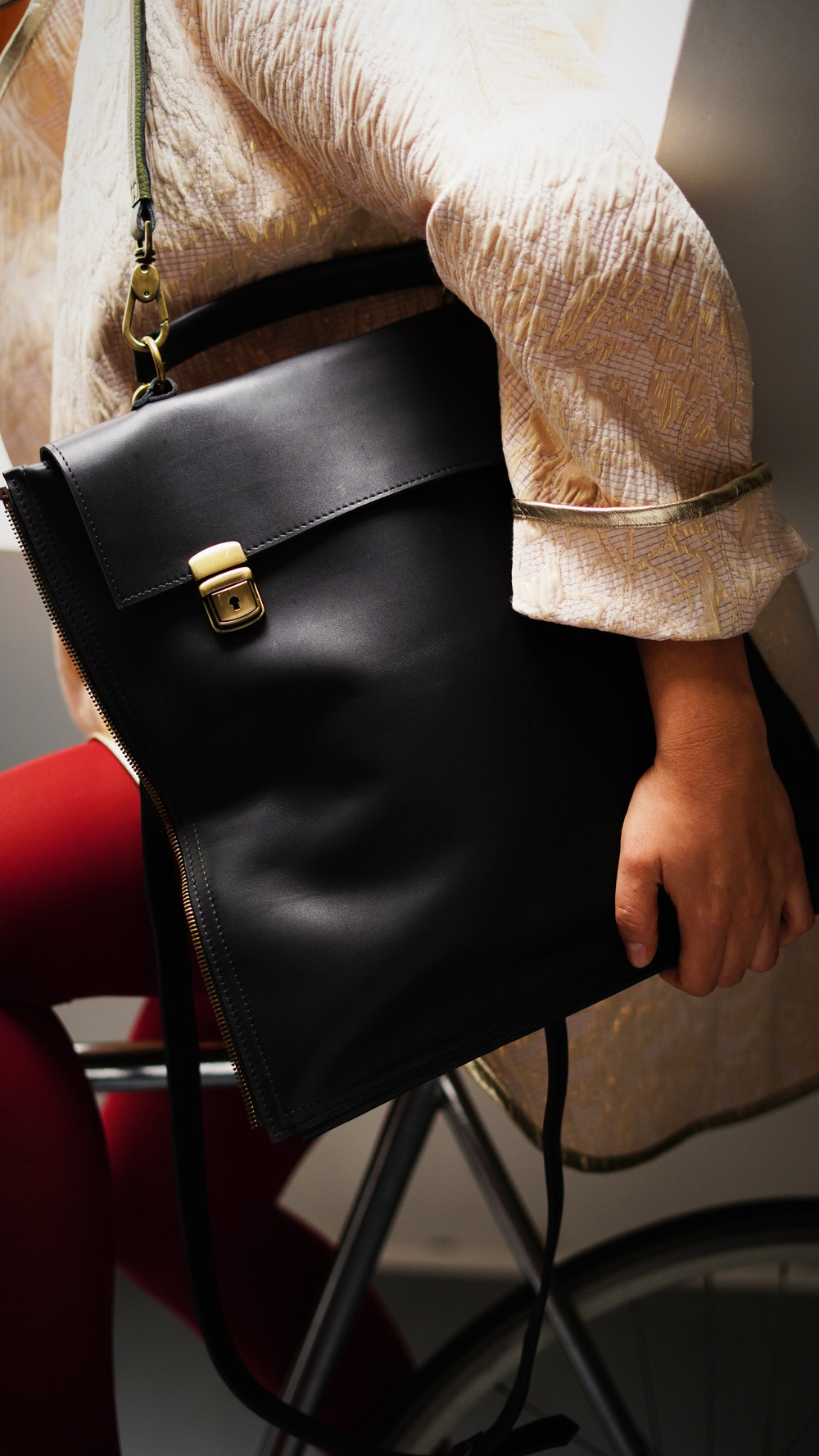 Mica torbica torba, Citoyenne K haljina