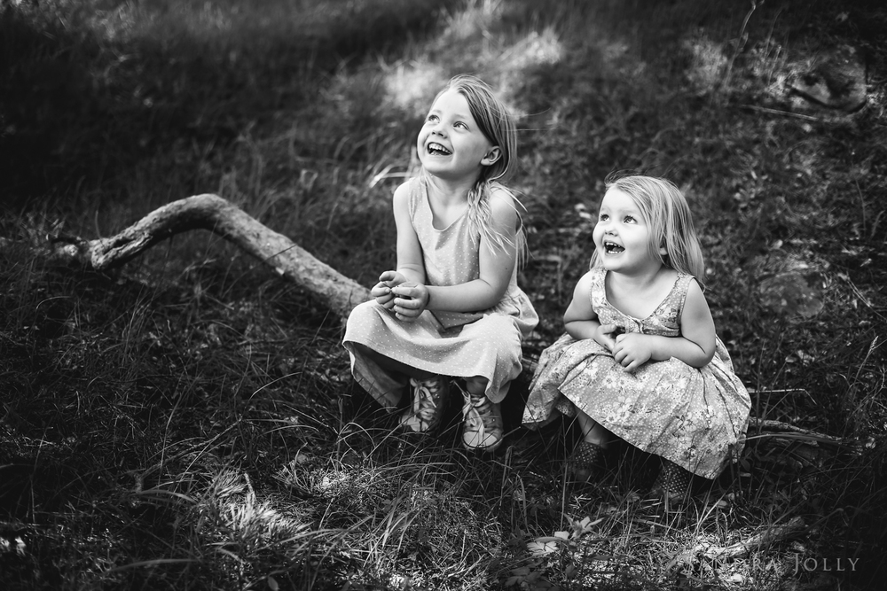 happy sisters_sandra jolly photography