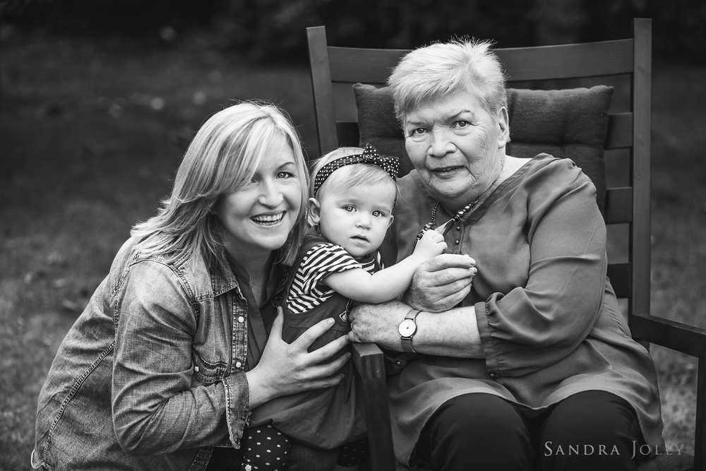 Three generations_sandra jolly photography