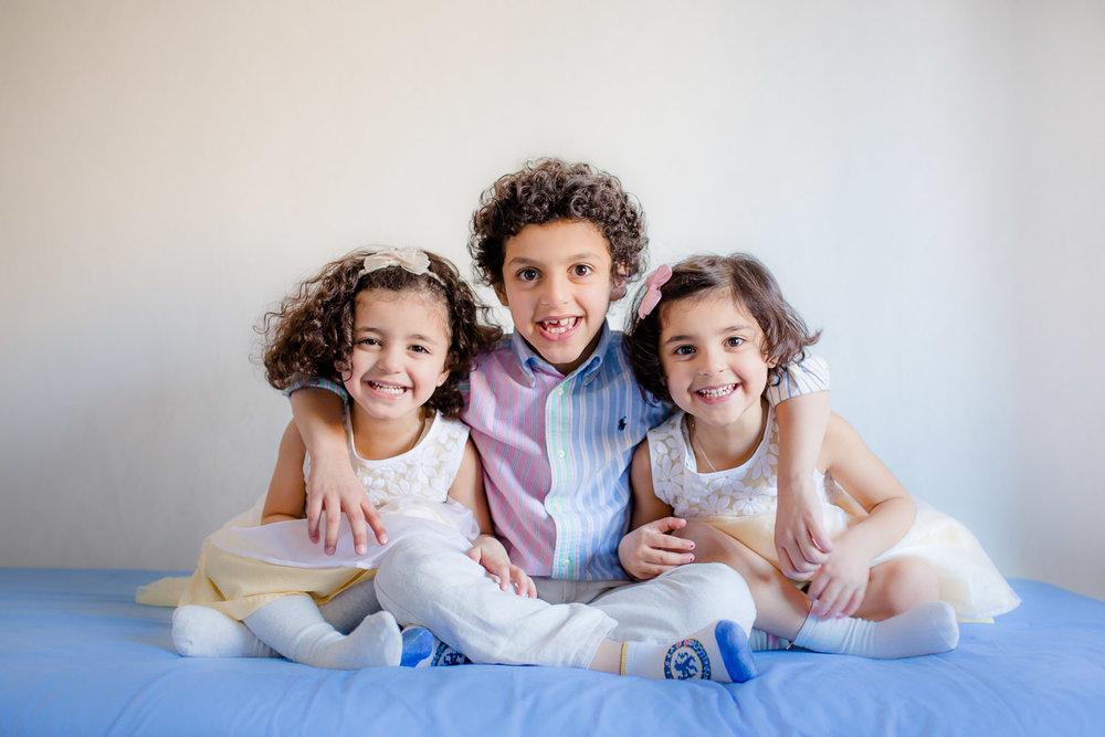 A-photo-of-happy-siblings-in-Danderyd.jpg