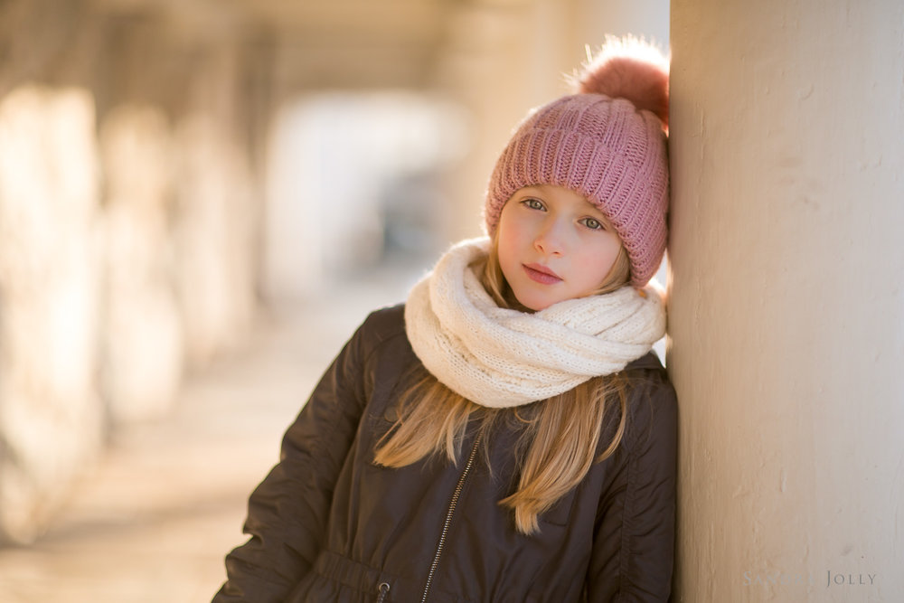 Photo-of-a-girl-in-winter-by-Sandra-Jolly-barnfotograf.jpg
