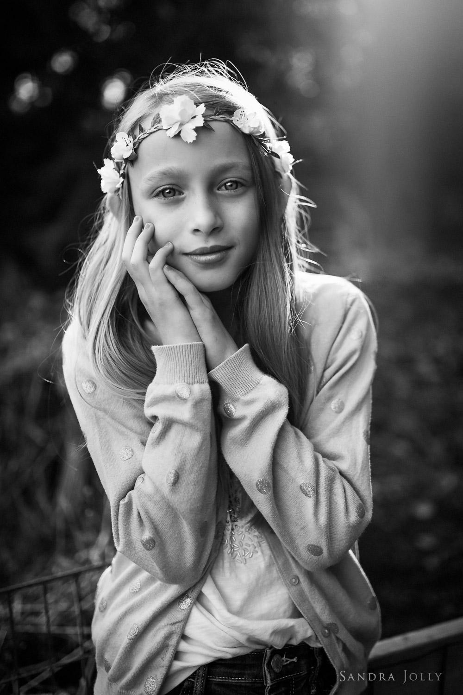 A-midsummer-portrait-by-Stockholm-familjefotograf-Sandra-Jolly.jpg