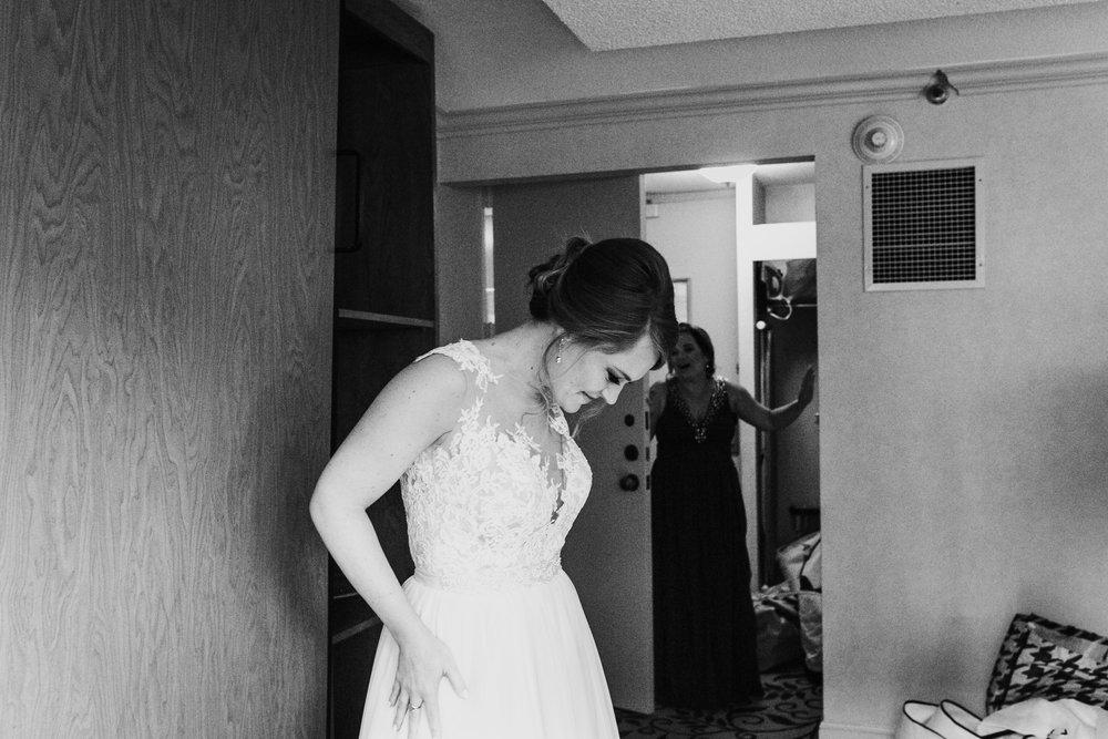 jessicabrandonwedding-16.jpg