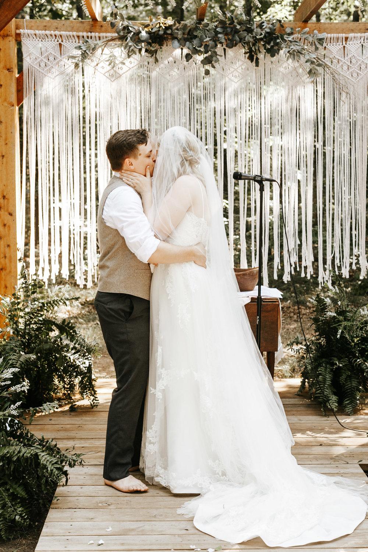 bohemian-wedding-photographer-elopement-48.jpg
