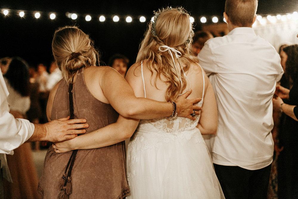 bohemian-wedding-photographer-elopement-87.jpg