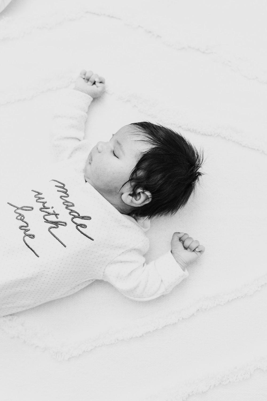 Charlotte-Newborn-Photographer-13.jpg