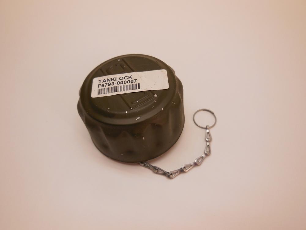 Oil Tank Cap Häggo Nr: 6932 4943-604 price: 890 sek